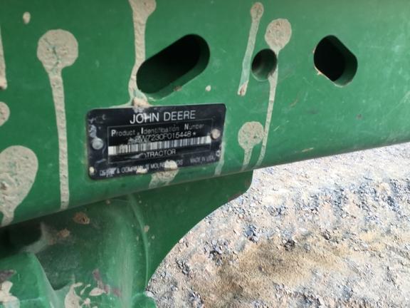 2010 John Deere 7230