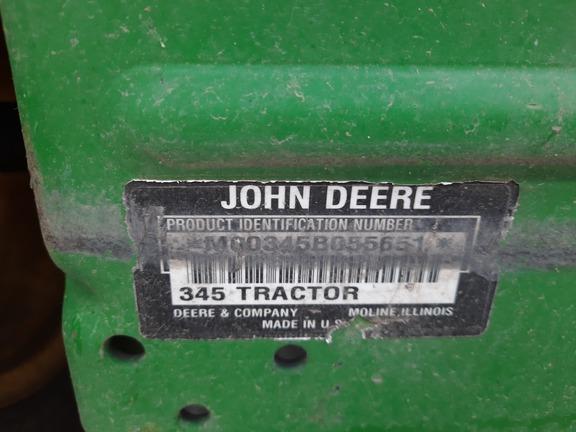 1998 John Deere 345