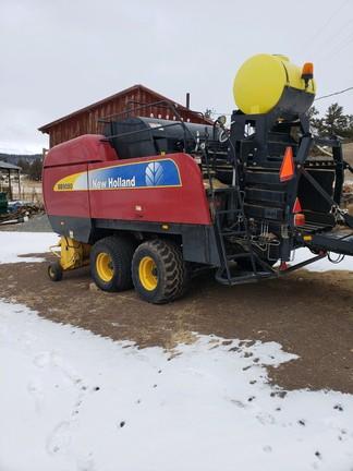 2011 New Holland BB9080