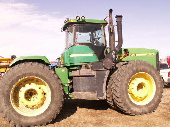 2000 John Deere 9300