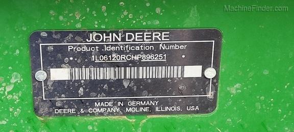 2017 John Deere 6120R