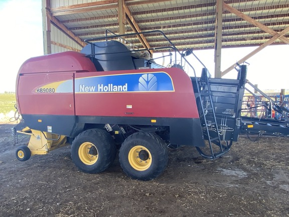 New Holland BB9080