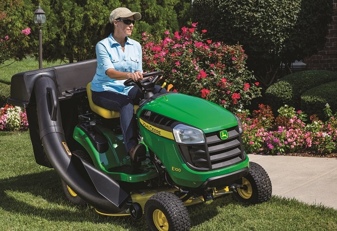 S100 Lawn Tractors Equipment Image