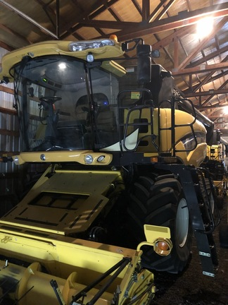 2008 New Holland CX8070