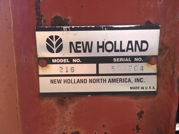 2003 New Holland 216