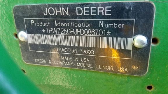 2015 John Deere 7250R