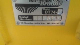 2020 Superior Broom DT74J