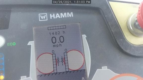 2017 Hamm HD140I