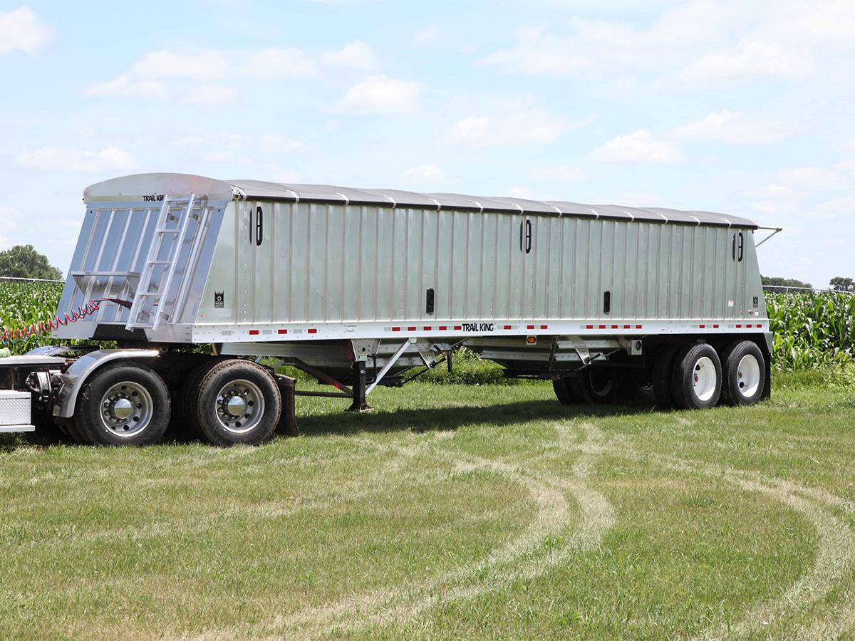 Trail King AHT Aluminum Grain Hopper