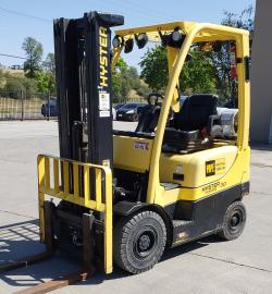 2017 Hyster H30FT